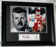 JOHN WAYNE GACY SERIEL KILLER CLOWN